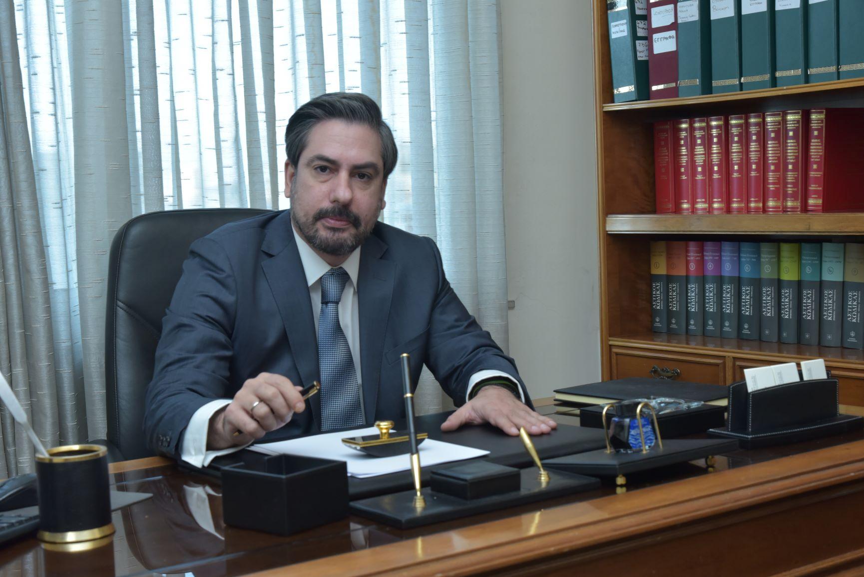 Δικηγορικό γραφείο Νίκος Καπέλης